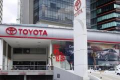 4. Toyota Santa Fe